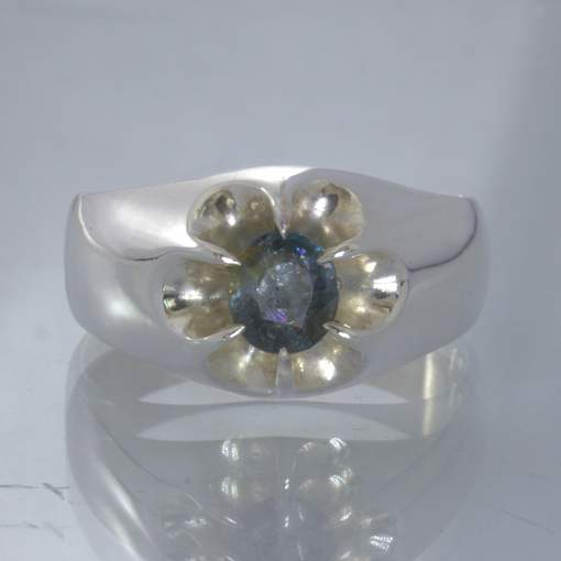 Blue Gray Burma Spinel Silver Ring Size 10.75 Floral Volcano Style Design 159