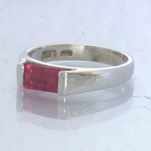 Red Ruby Natural Mozambique Gemstone 925 Silver Unisex Ring size 7.75 Design 178