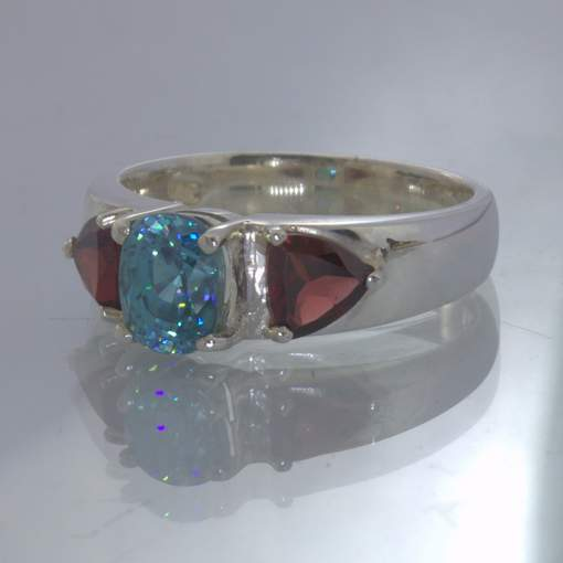 Windex Blue Zircon Oval Red Garnet Trillion 925 Silver Ring size 10.5 Design 49