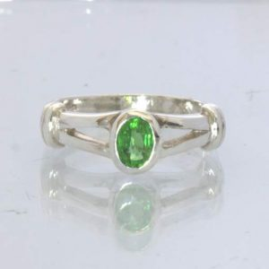 Chrome Green Burma Tourmaline 925 Ring size 5.25 Solitaire Stacking Design 16