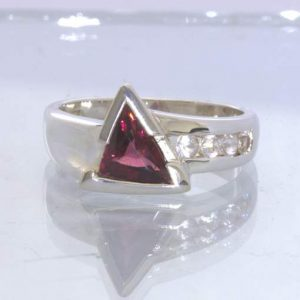 Red Rhodolite Garnet Triangle White Sapphire Channel 925 Ring size 7 Design 5