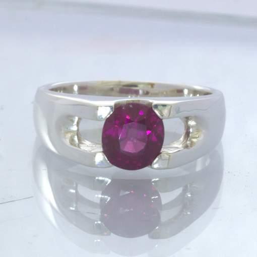 Red Purple Rhodolite Garnet 925 Silver Ring size 8 Unisex Solitaire Design 22