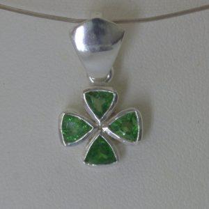 Four Leaf Clover Pendant Green Tsavorite Garnet Trillion 925 Lucky Design 231