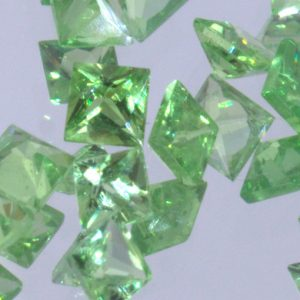 One Tsavorite Green Garnet Princess Square Cut 2.0 mm Kenya VVS Clarity Gemstone
