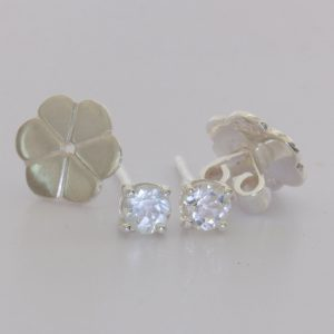 White Topaz Round 4 mm Gemstones 925 Sterling Earring Pair Post Stud Design 80